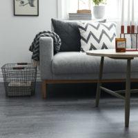 vardagsrum grått golv
